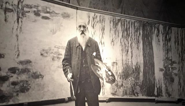 Photo of Claude Monet at the exhit of his exhibition