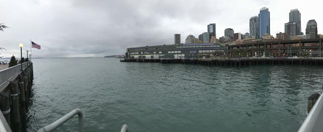 Gray Day Seattle Waterfront Jan 6, 2018